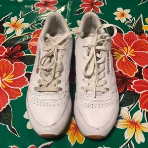 Size 7 Reebok White Classic Tennis Shoes
